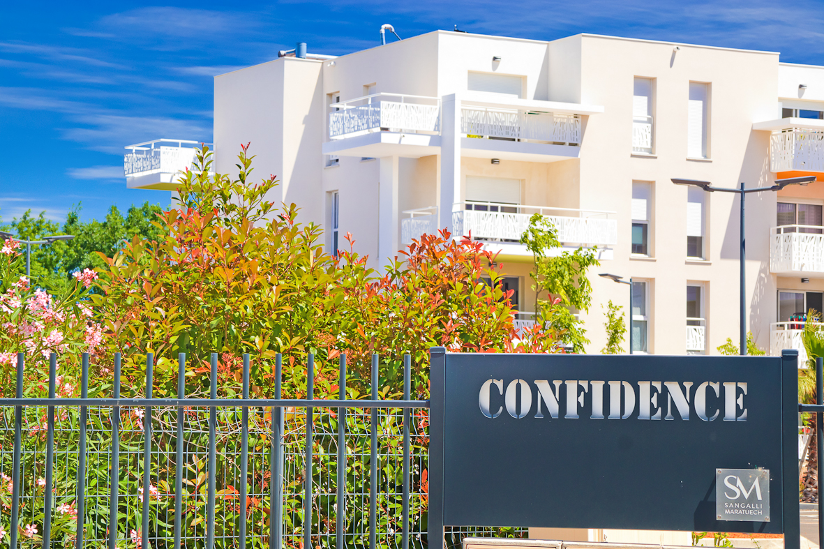 Confidence - Bompas - SM Promotion