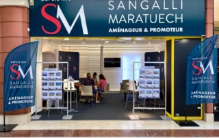 STAND CARREFOUR GROUPE SM